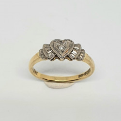 Pre Owned 18ct Diamond Ring ZF433