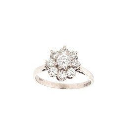 Pre Owned 18ct White Gold Diamond Cluster Ring ZL235