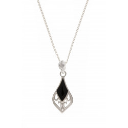 Silver Onyx Pendant and Chain BT0119