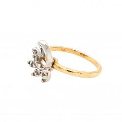 Pre Owned 14ct Diamond Leaf Design Ring ZAK379