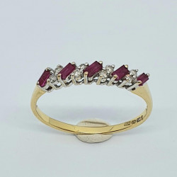 Pre Owned 18ct Ruby and Diamond ET Ring ZH687