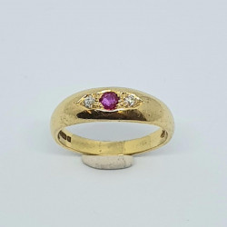Pre Owned 18ct Ruby and Diamond Ring ZH696