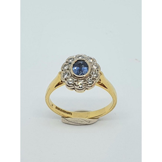 Pre Owned 18ct Sapphire and Diamond Cluster Ring ZH816