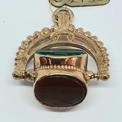 Pre Owned 9ct Fob Pendant ZH852