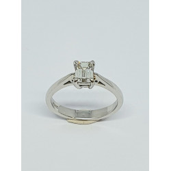Pre Owned Platinum Diamond Emerald Cut Solitaire Ring ZK18