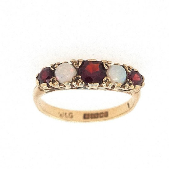 Pre Owned 9ct Garnet and Opal Ring ZK879