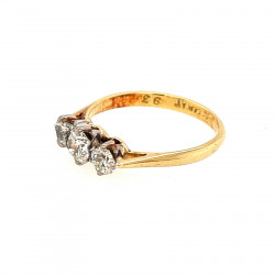 Pre Owned 18ct 3 Stone Diamond Ring ZK19